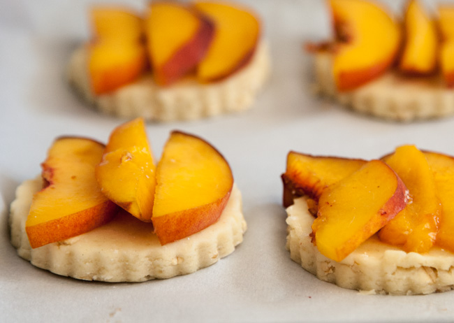 Gluten-Free Peach Cobbler Scones