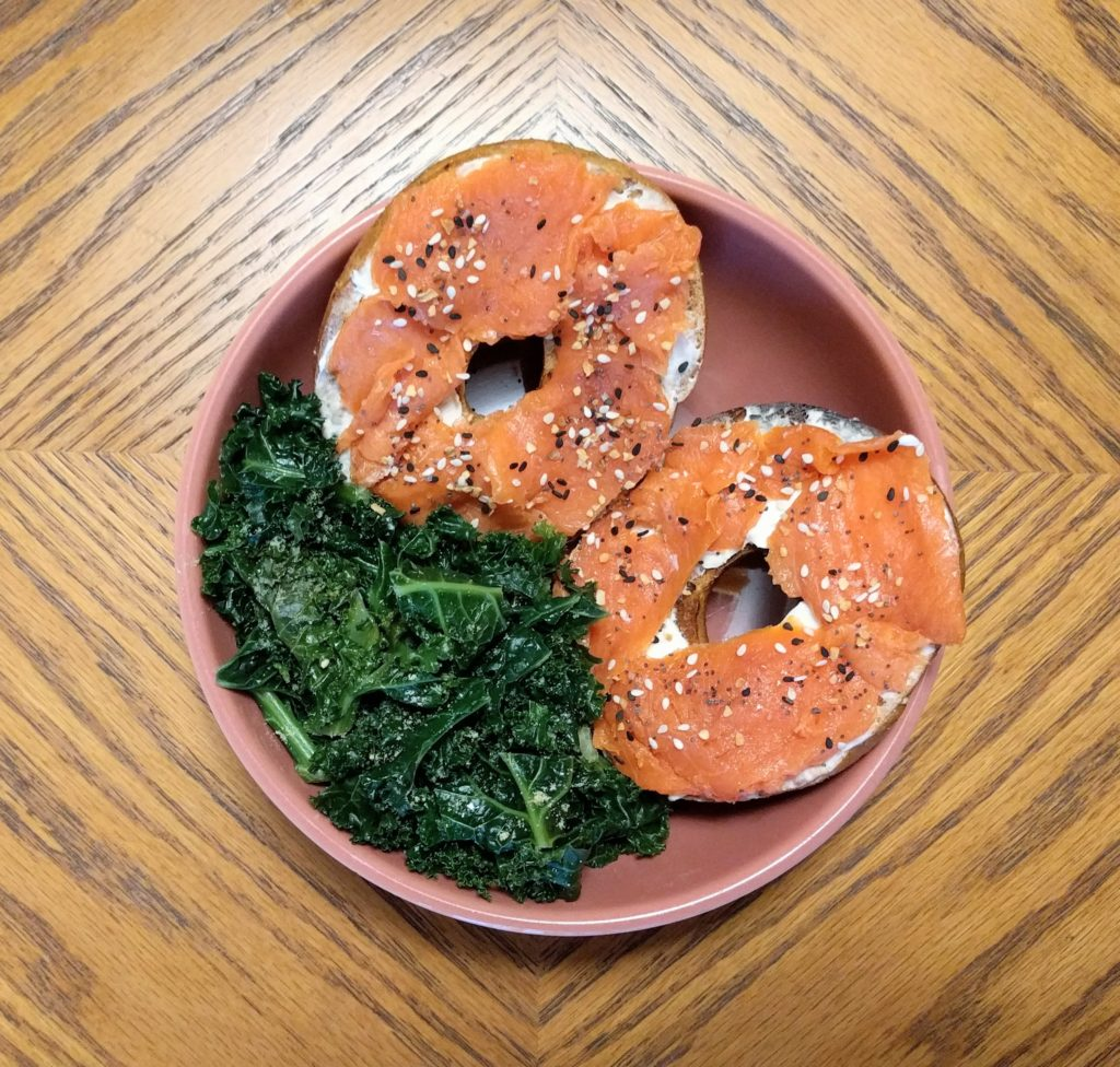 Insta-Greens Bagel Breakfast