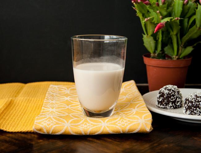 DIY Walnut Milk