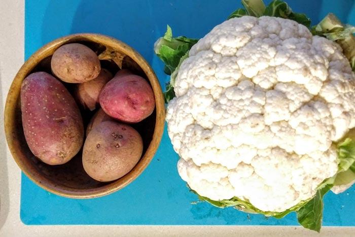 [Instant Pot] Loaded Potato & Cauliflower Soup