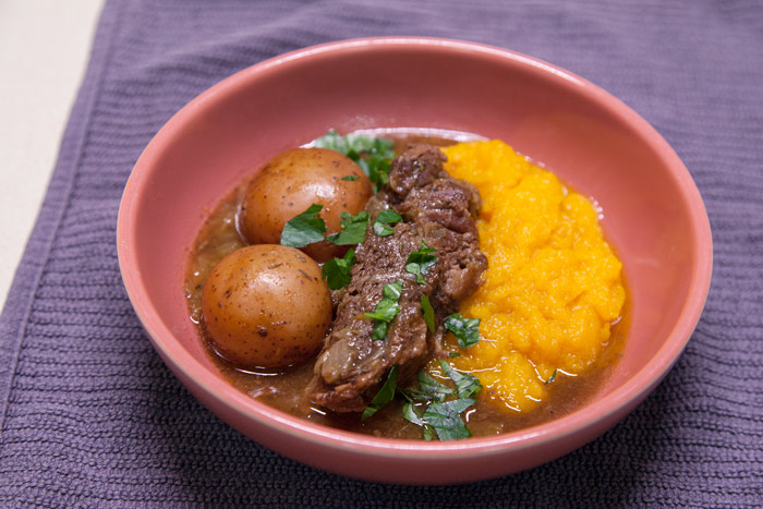 [Instant Pot] Double-Decker Coffee Pot Roast + Butternut Mash