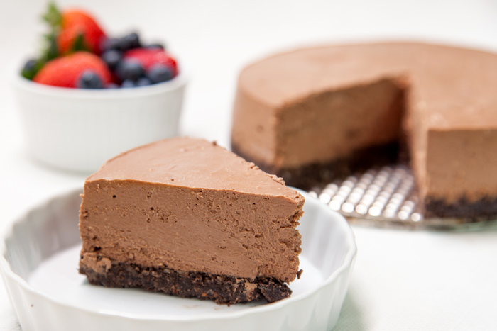 [Instant Pot] Dark Chocolate Greek Yogurt Cheesecake