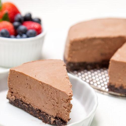 Instant Pot Dark Chocolate Greek Yogurt Cheesecake