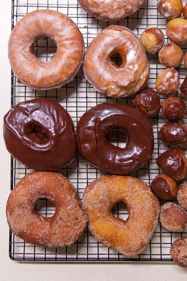 Sourdough Pumpkin Donuts