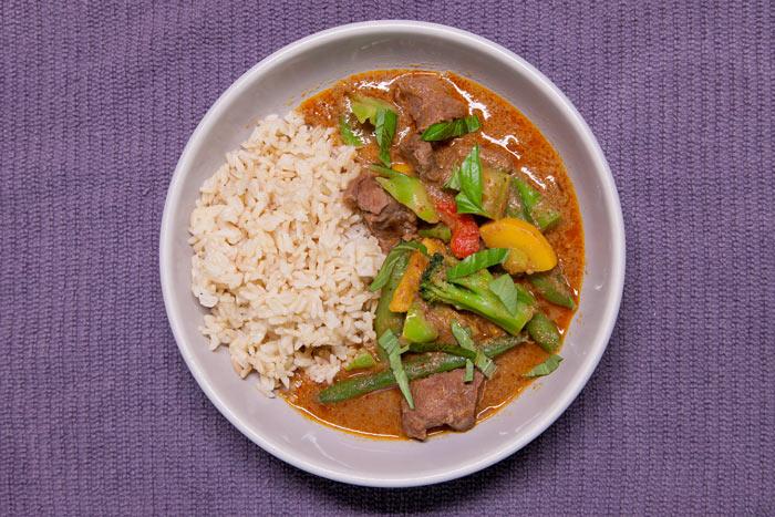 [Instant Pot] Double Decker Thai Coconut Beef Curry + Brown Jasmine Rice